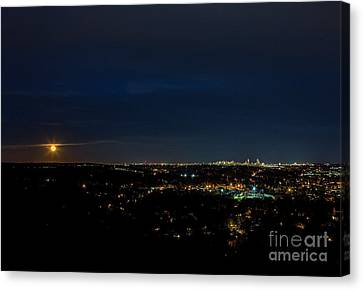 Super Moon 2016 Rises Over Boston Massachusetts Canvas Print