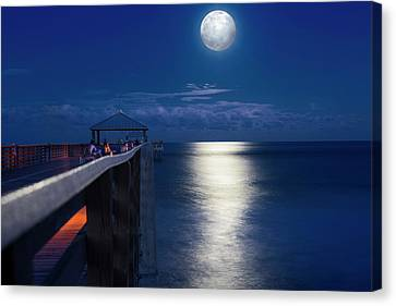 Canvas Print featuring the photograph Super Moon At Juno by Laura Fasulo