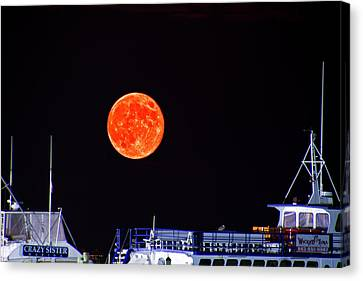 Canvas Print featuring the photograph Super Moon Over Crazy Sister Marina by Bill Barber