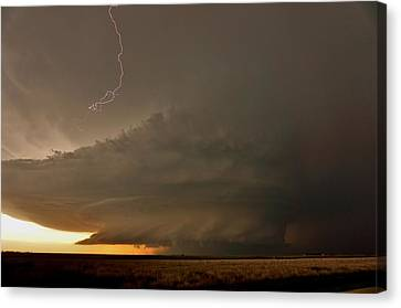 Supercell In Kansas Canvas Print by Ed Sweeney