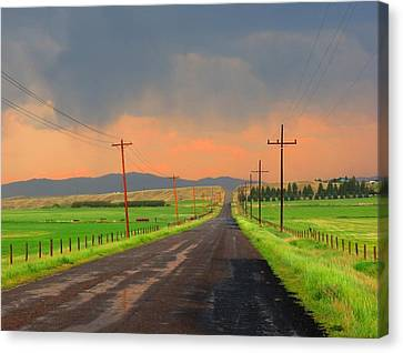 Sweetwater Drive Canvas Print by Leah Grunzke