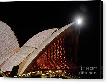 Canvas Print featuring the photograph Sydney Opera House Close View By Kaye Menner by Kaye Menner