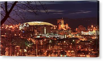 Syracuse Dome At Night Canvas Print by Everet Regal