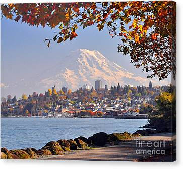 Tacoma N Mt Rainier Canvas Print