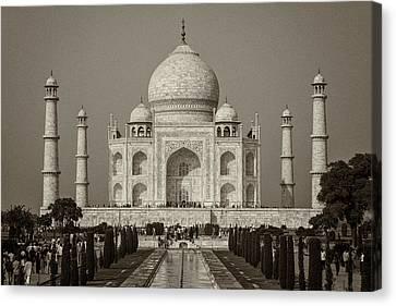 Taj Mahal Canvas Print by Hitendra SINKAR