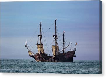 Tall Ship El Galeon Canvas Print by Dale Kincaid