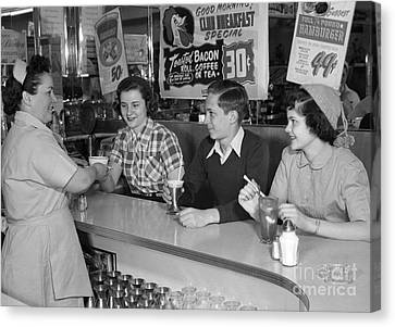 Teens At A Diner, C.1950s Canvas Print