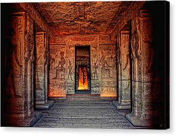 Temple Of Hathor And Nefertari Abu Simbel Canvas Print by Nigel Fletcher-Jones