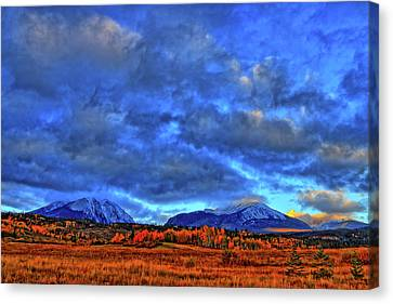 Canvas Print featuring the photograph Ten Mile Of Fall Colors by Scott Mahon