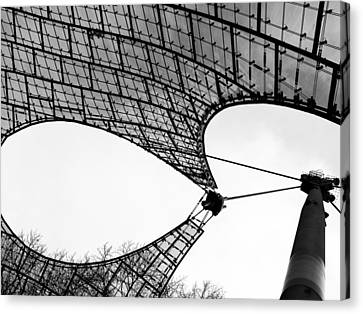 Tensile Strength - 2 Of 3 Canvas Print by Alan Todd