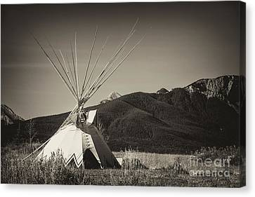 Tepee In The Great Plains Of Alberta Canvas Print by Verena Matthew