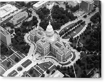 Texas Capitol Bw10 Canvas Print by Scott Kelley