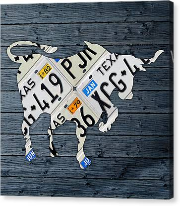 Texas Longhorn Vintage License Plate Art On Blue Gray Barn Wood Canvas Print