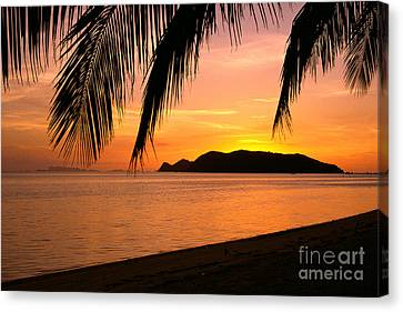 Overhang Canvas Print - Thailand, Koh Pagan by William Waterfall - Printscapes