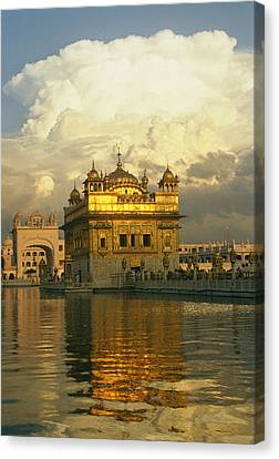 The 16-th Century Golden Temple Canvas Print by Martin Gray