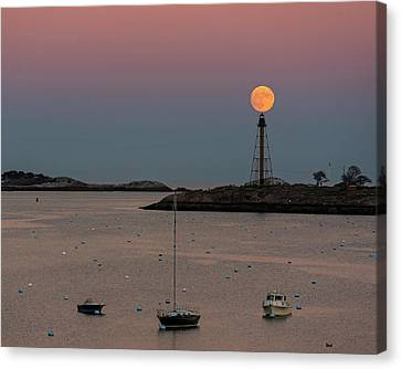 The 2016 Supermoon Balancing On The Marblehead Light Tower In Marblehead Ma Canvas Print
