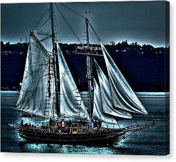 The Amazing Grace Topsail Schooner Canvas Print by David Patterson
