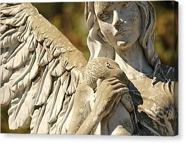 The Angel At St. Thomas Canvas Print by Lynn Jordan