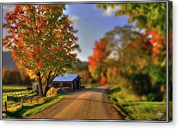 Canvas Print featuring the photograph The Barn At The Bend by Wayne King