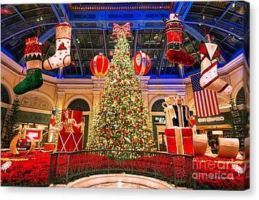 The Bellagio Christmas Tree 2015 Canvas Print by Aloha Art