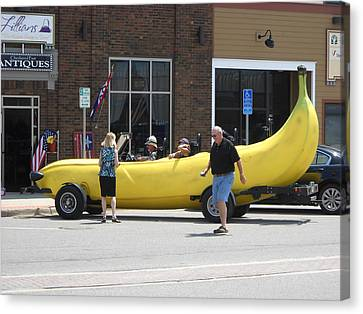 The Big Banana Car Stops By Canvas Print by Kent Lorentzen