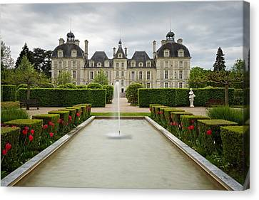 The Chateau De Cheverny Canvas Print by Stephen Taylor