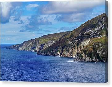 Canvas Print - The Cliffs by Ric Schafer