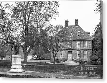 The College Of William And Mary President's House Canvas Print