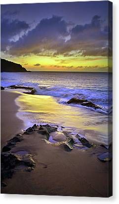 Canvas Print featuring the photograph The Colour Of Molokai Nights by Tara Turner