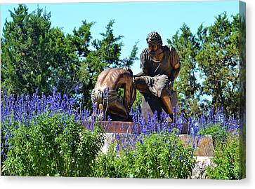 The Coming King Sculpture Garden Canvas Print by Judi Chesshir