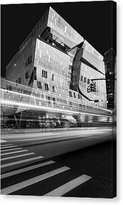 Canvas Print featuring the photograph The Cooper Union Nyc Bw by Susan Candelario