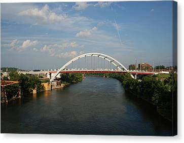 The Cumberland River In Nashville Canvas Print by Susanne Van Hulst