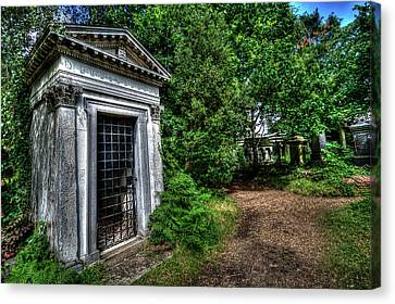 The Doctor's Tomb Canvas Print by Oliver Kluwe