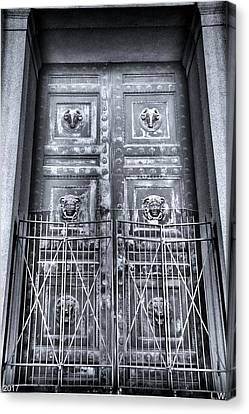 The Door At The Parthenon In Nashville Tennessee Black And White Canvas Print by Lisa Wooten