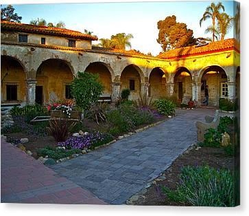 The Dormitory And Serra Chapel Viewed From The Central Courtyard Mission San Juan Capistrano Ca Canvas Print by Karon Melillo DeVega