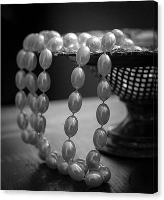 The Drama Of Pearls Canvas Print