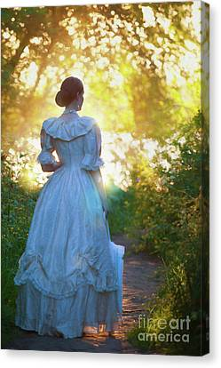 Canvas Print featuring the photograph The Evening Walk by Lee Avison