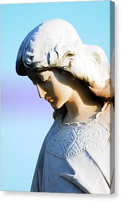 The Face Of An Angel Canvas Print by Susanne Van Hulst