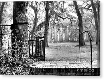 The Gates Of The Old Sheldon Church Canvas Print