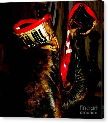 The Gloves Canvas Print by Steven Digman