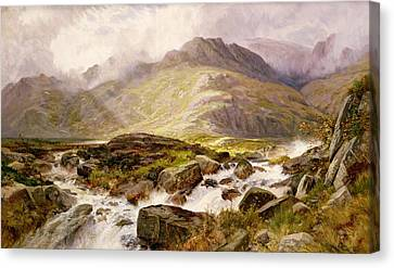 The Glyder Fawr  Canvas Print by Edwin Pettitt