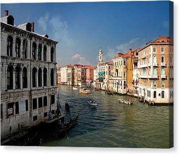 Canvas Print featuring the photograph The Grand Canal by Micki Findlay