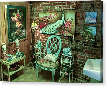 The Green Lounge Canvas Print