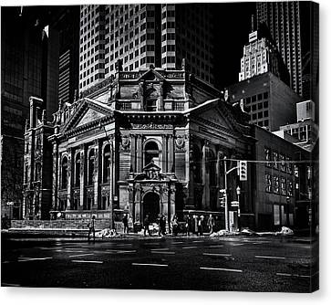 Canvas Print featuring the photograph The Hockey Hall Of Fame Toronto Canada by Brian Carson
