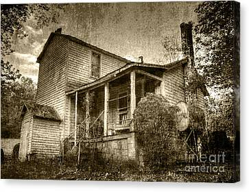 Canvas Print featuring the photograph The Home Place by Pete Hellmann