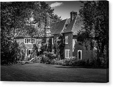 Canvas Print featuring the photograph The House At Beech Court Gardens by Ryan Photography