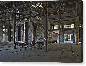 The Last Pullman Car Canvas Print by Robert Myers