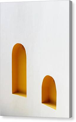 The Long And Short Of It Canvas Print by Prakash Ghai