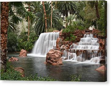 Canvas Print featuring the photograph The Mirage Las Vegas by Dung Ma