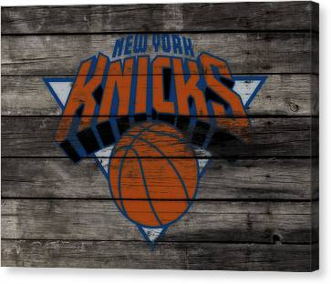 The New York Knicks 3c                        Canvas Print by Brian Reaves